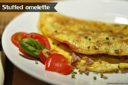 Stuffed omelette for breakfast