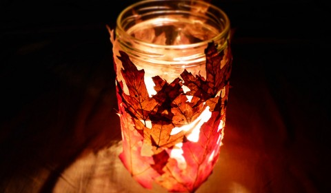 Cozy leaves lantern for fall
