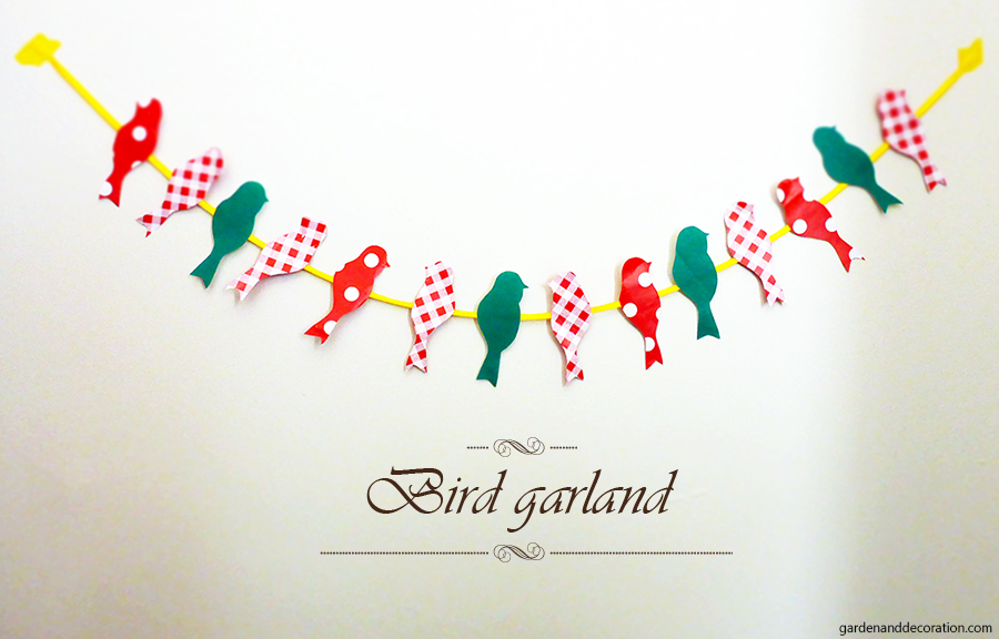 Bird garland made out of paper
