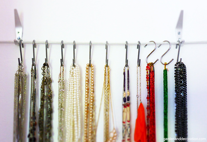 DIY: jewellery storage