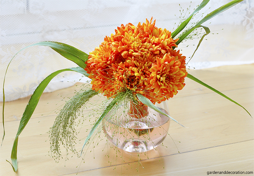 orange-bridesmaid-bouquet2