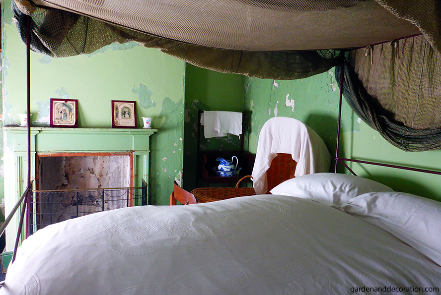One of the bedrooms in the Susannah Place Museum