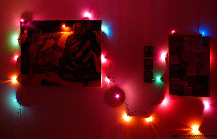 Christmas lights used in the bedroom for decoration