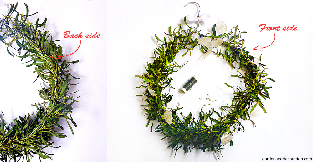 Mistletoe wreath_front and back side