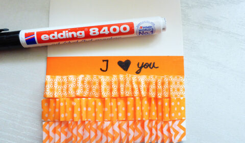"DIY: ""I love you"" card with washi tape"