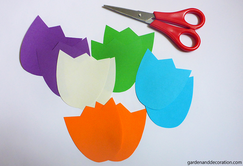 DIY_Colourful paper tulips (1)