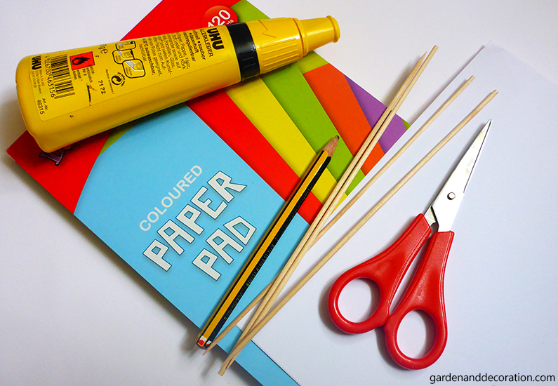 What you´ll need for the colourful paper tulips