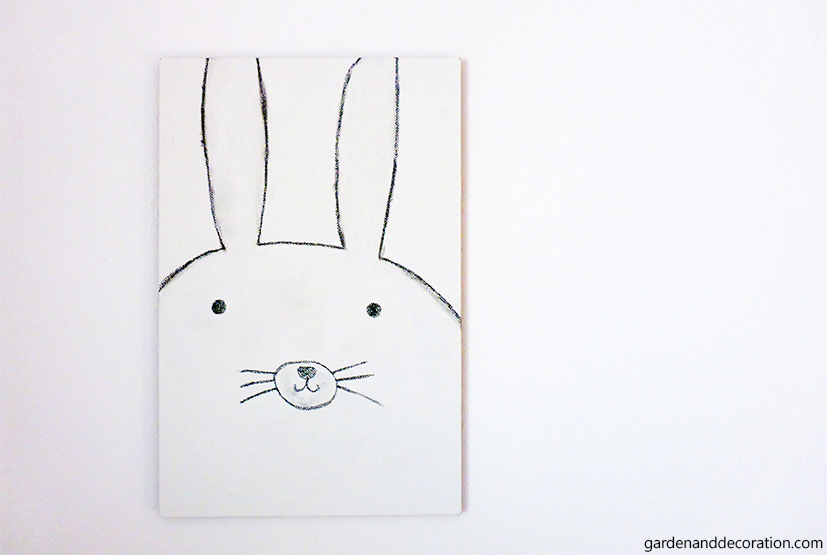 DIY: Drawn happy Easter bunny_illustration