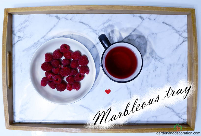 DIY_Marbleous upcycled tray_by gardenanddecoration.com